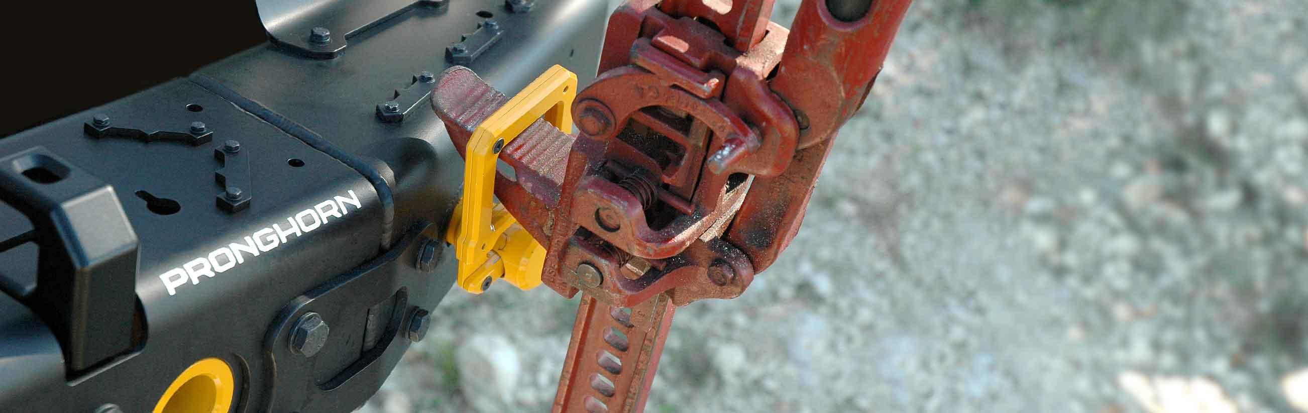 Pronghorn Hi-Lift Shackle